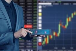 CaixaBank analiza en un ciclo de conferencias la evolución de los mercados.