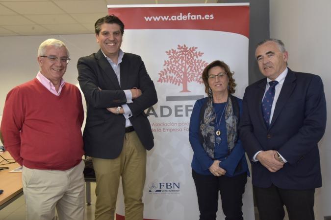 Julián García y Diego Garrido, socios directores de Ekyaku Europe Consulting; y Marisa Sainz y Pachi Esparza, directora y presidente de Adefan. (Fotos: David Muñiz)