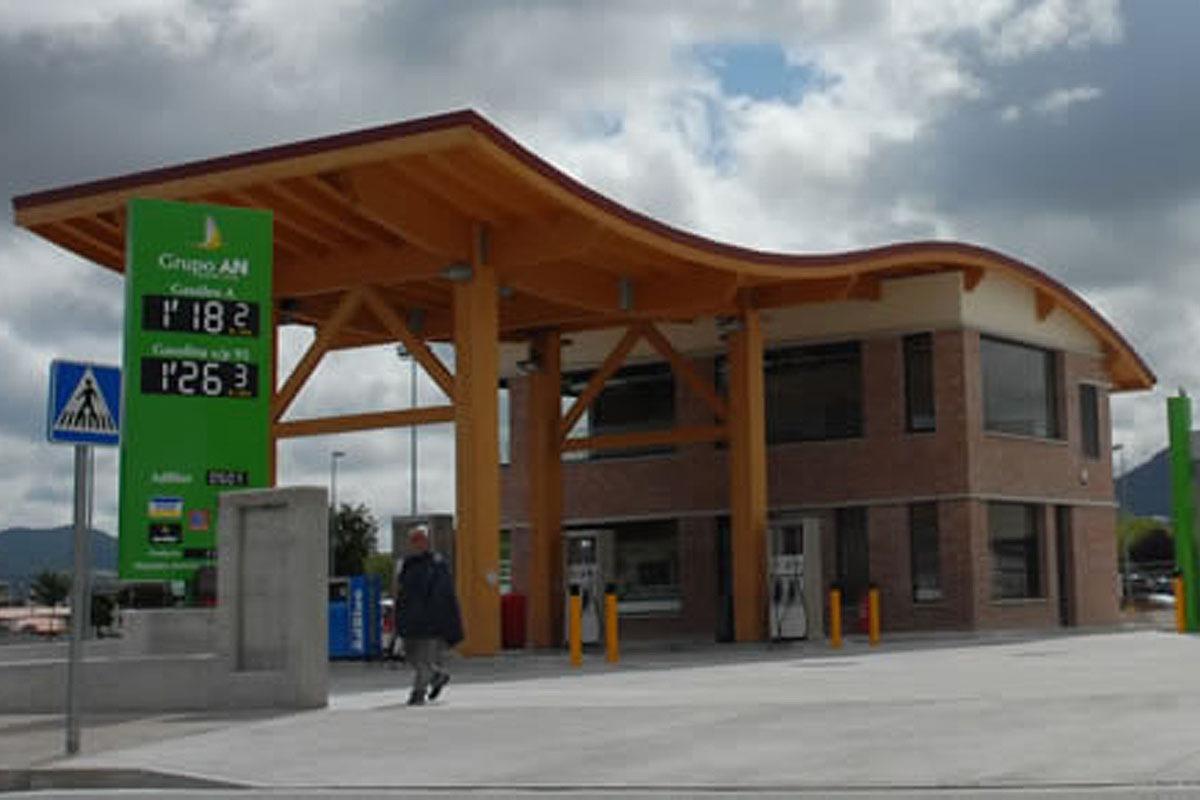 La gasolinera del Grupo AN que se encuentra en el parque adquirido por Atalaya.