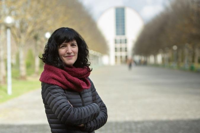 La bióloga Maite Martínez Aldaya, investigadora del Instituto IS-FOOD de la UPNA, en el campus de Arrosadia en Pamplona.