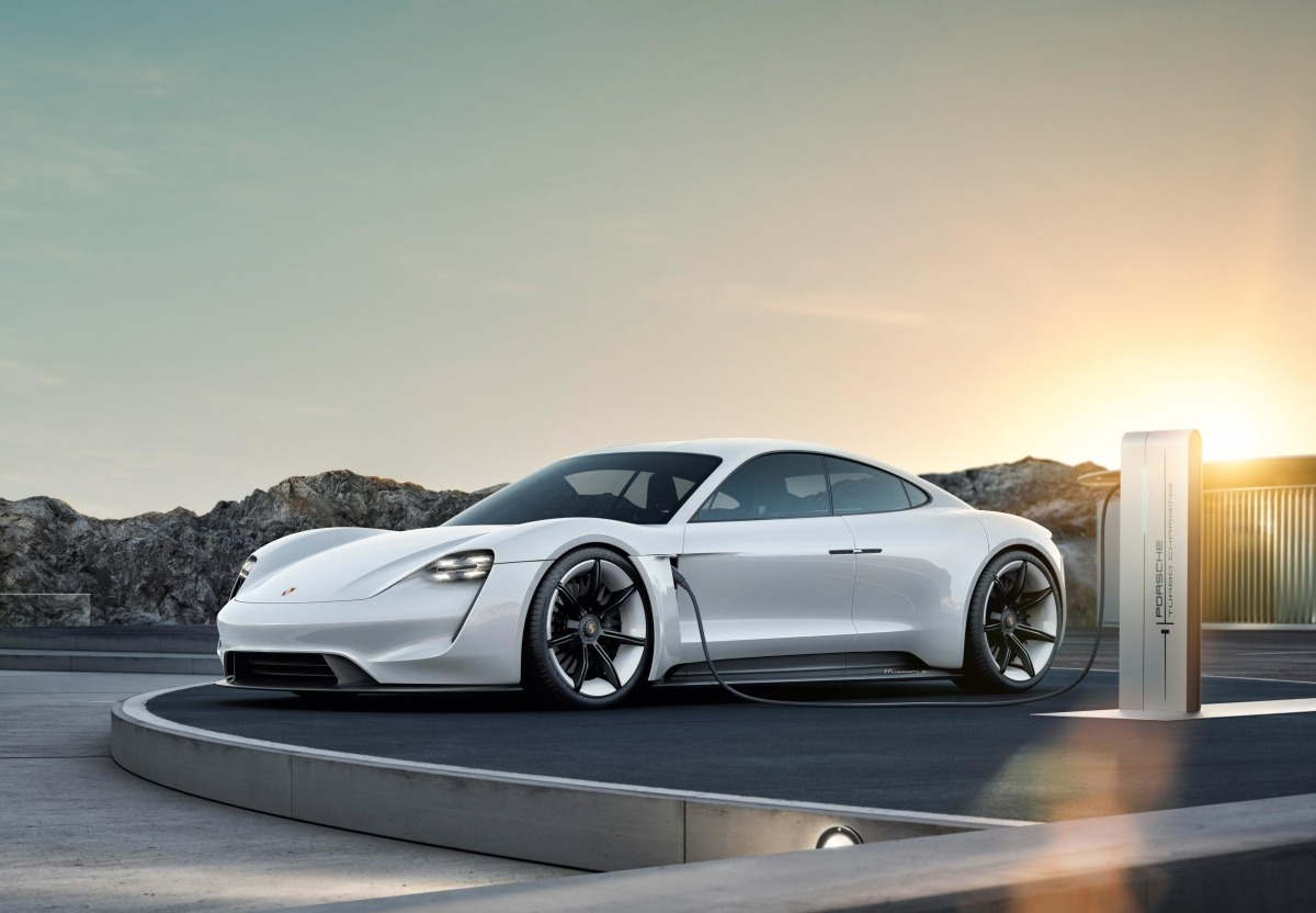 Porsche Taycan eléctrico.