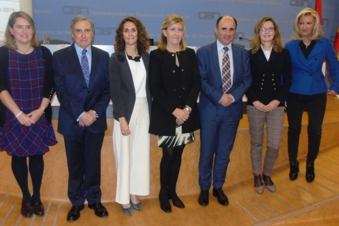 Elisa Genua, José Antonio Sarría, Gabriela Uriarte, María Victoria Vidaurre, Manu Ayerdi, Mayte Irisarri y Susana Labiano. (Fotos: David Muñiz)
