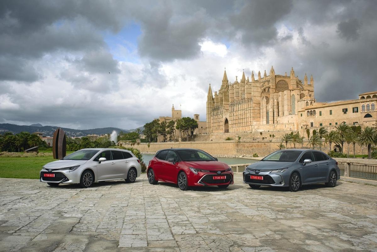 Tres carrocerías ya disponibles para la gama Toyota Corolla.