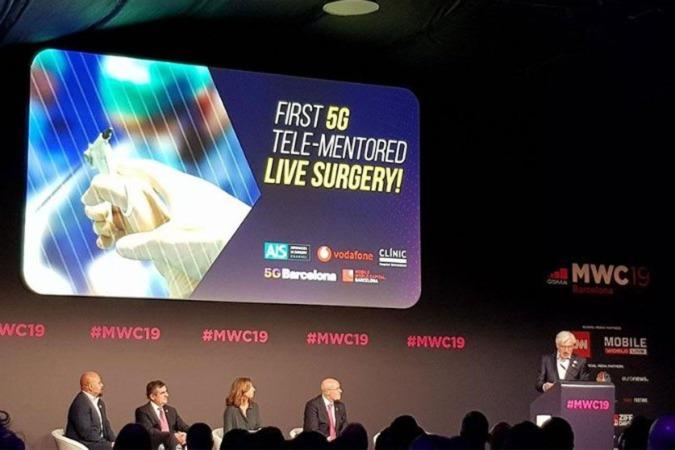Presentación de la primera intervención quirúrgica a distancia con técnica 5G, en el pasado Mobile World Congress.