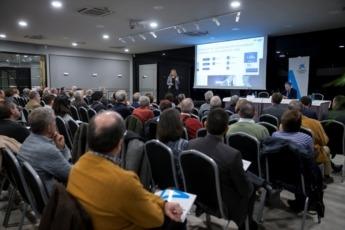 Meritxell Soler imparte una conferencia a accionistas de CaixaBank.