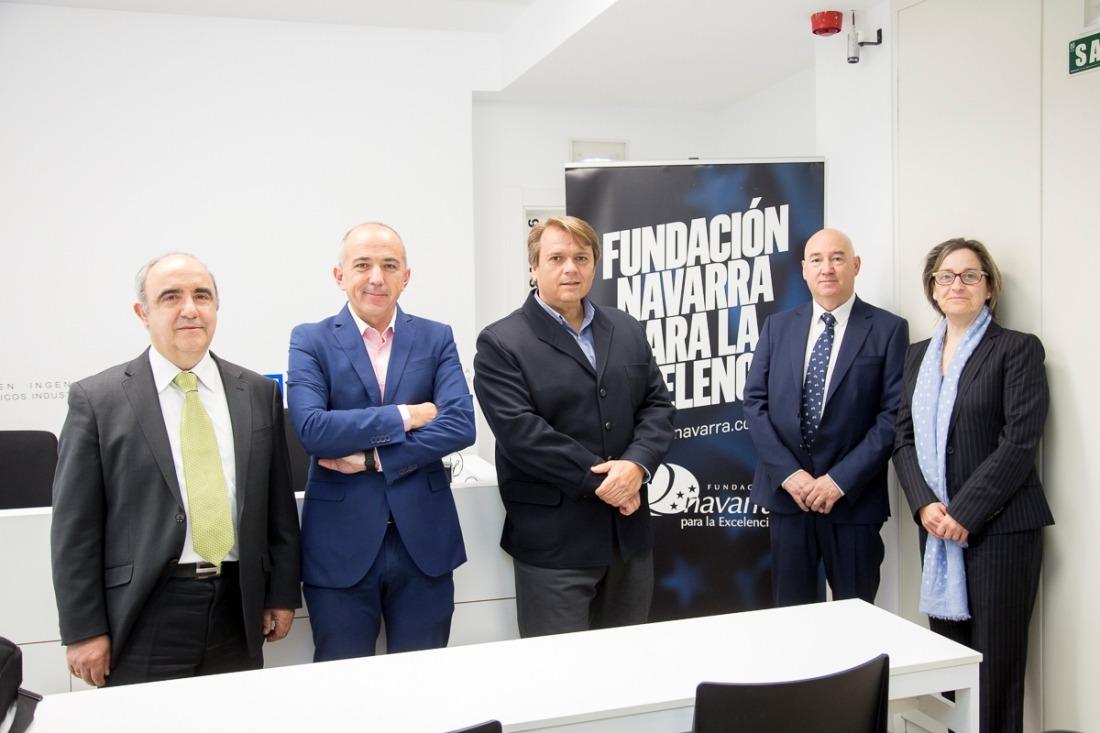 Santiago Pangua (Tesicnor), Eloy Jáuregui (Chairman GWO), Miguel Ángel Ugarte (Gesinor), Marino Barásoain (FNE) y Mari Carmen Martorell (Gesinor), al inicio de la jornada. (Fotos: Ana Osés)