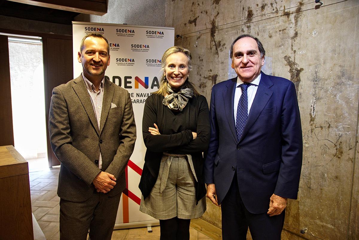 Joan Martí, Izaskun Goñi y Sabin Azua.