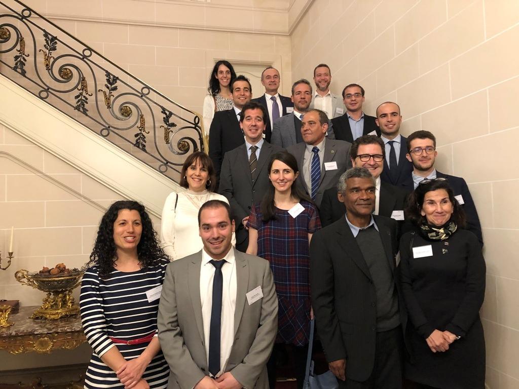 Participantes en la reunión, en la sede de la Delegación Navarra en Bruselas.
