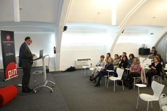 El vicepresidente Ayerdi, durante la presentación de la herramienta.