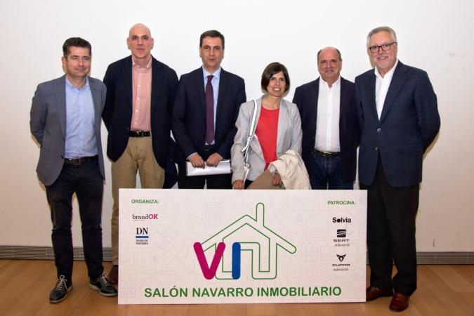 Javier Etayo, Aurelio Silveira, Francisco Javier Antón, Sara Velázquez, Luis Munárriz y Fernando Flores.