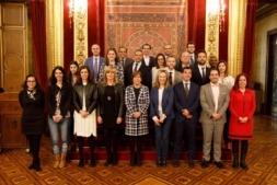 El Gobierno, con representantes de las empresas participantes.