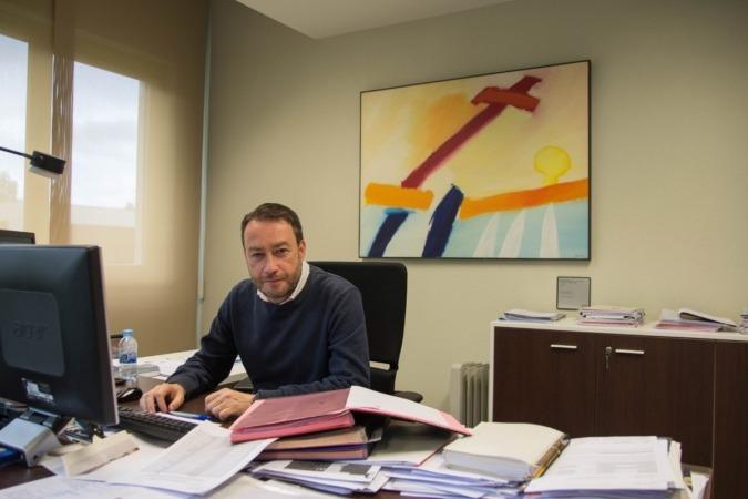 Ramón Gonzalo, en su despacho de vicerrector de Investigación de la Universidad Pública de Navarra.