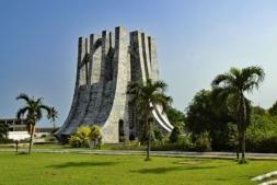 Accra es la capital de Ghana y está situada en la costa atlántica de África Occidental.