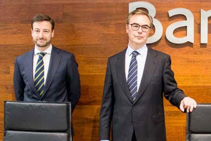 Leopoldo Alvear, director general adjunto de dirección financiera de Bankia; y José Sevilla, consejero delegado de Bankia;