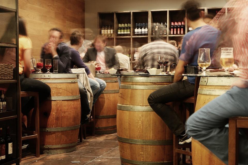 ligar-bares-vino-barricas