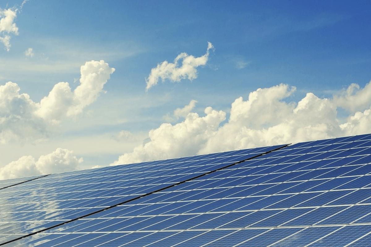 Energia-Renovable-Alaz-Arima-Panel-Fotovoltaico