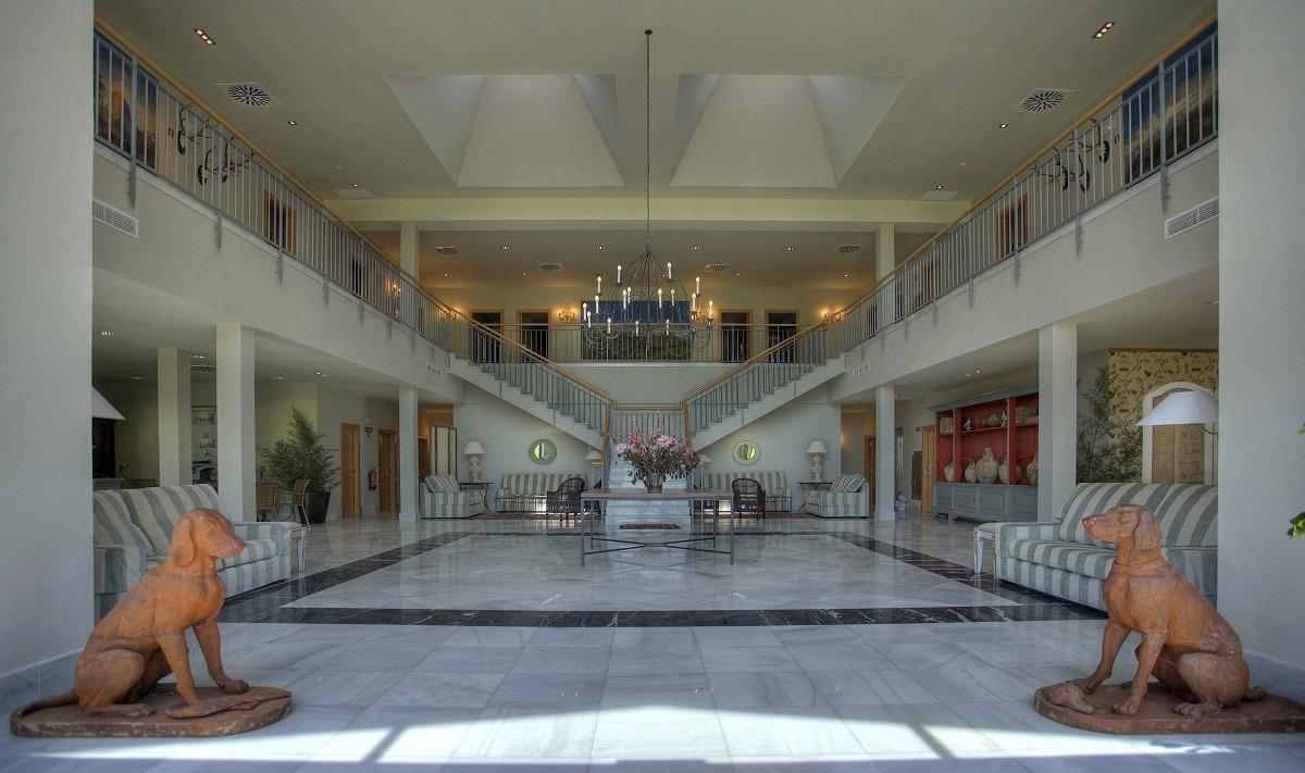 HOTEL-VILLA-MARCILLA