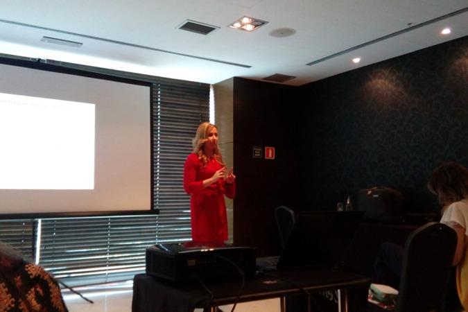 Gemma García explica el Plan de Igualdad.