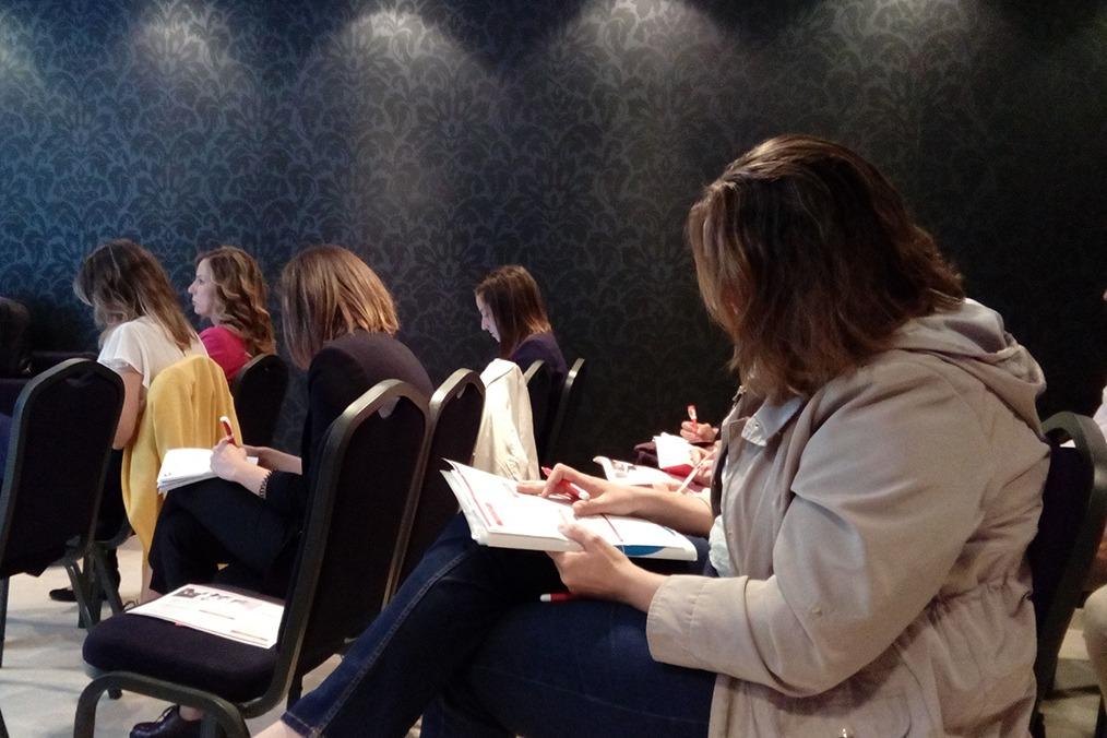 La jornada de Adecco contó con asistentes interesados en aprender como aplicar estos nuevos cambios en sus empresas.