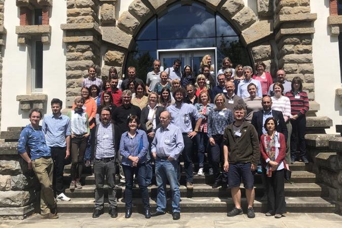 Foto de grupo de los participantes en la Jornada procedentes de diversos lugares de Europa.