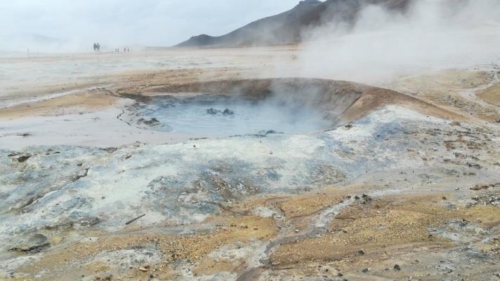 Islandia tiene una alta concentración de volcanes o eldfjall por los que organizar una ruta de senderismo. (Foto: Sabin Arruti)