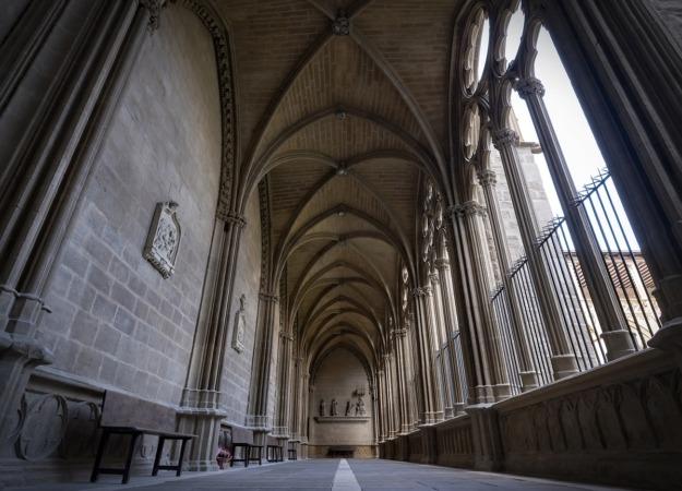 turismo-CLAUSTRO-catedral-pamplona-foto-alberto-estudio