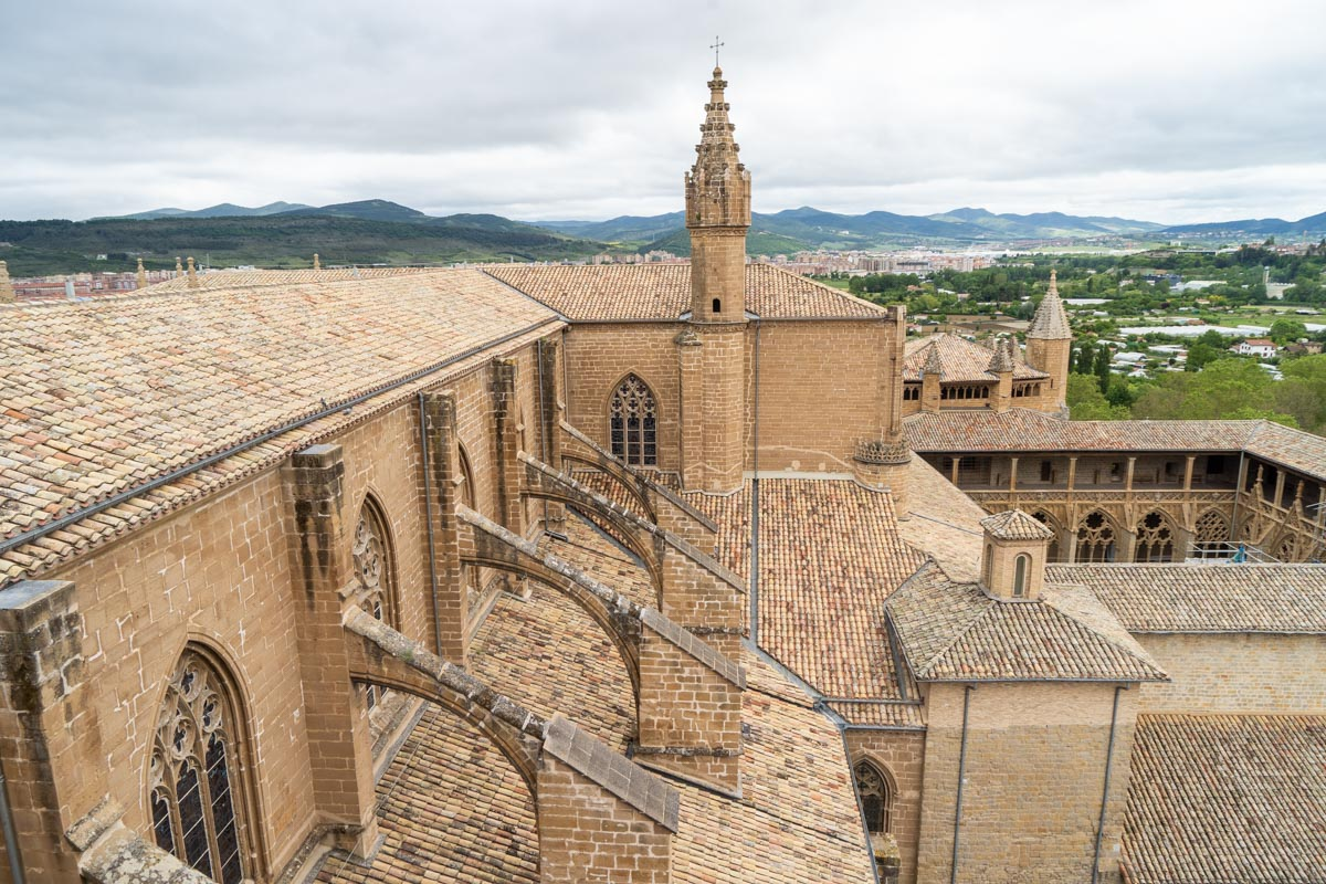 La Catedral de Pamplona acoge a los visitantes desde el siglo XIV. (Foto: Víctor Rodrigo)