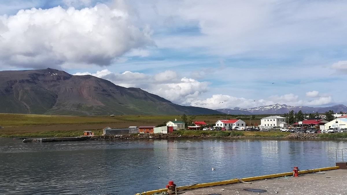 turismo-islandia-hauganes
