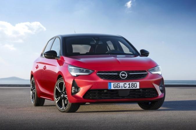 Opel lanza el Corsa con múltiples opciones de propulsión, eléctrico o gasolina y diésel.