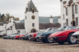 Impresionante exposición de clásicos Maserati, algunos de ellos, modelos únicos. (Fotos: cedidas).