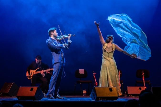 Montalvo se acompaña en los conciertos de un cuerpo flamenco.