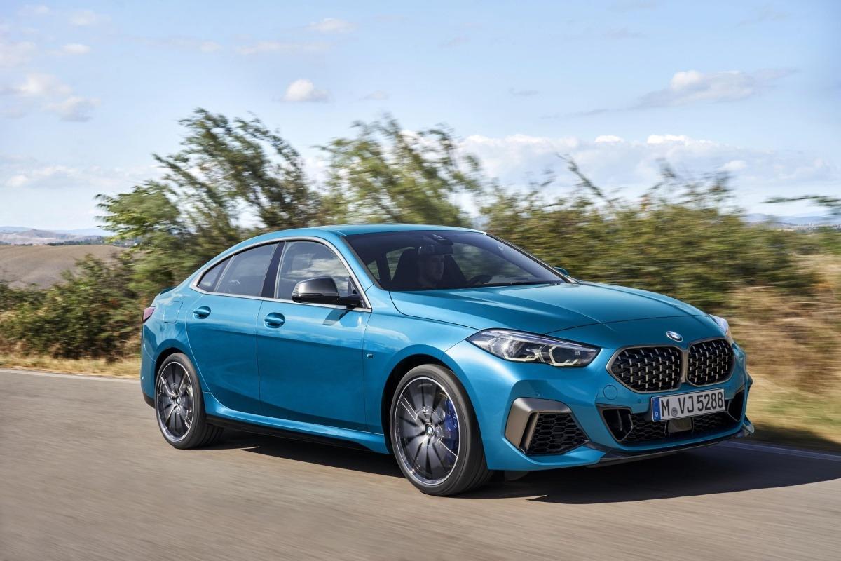 El nuevo BMW Serie 2 no disimula sus cuatro puertas, pero el perfil es, sin duda, el de coupé. (Fotos: cedidas).