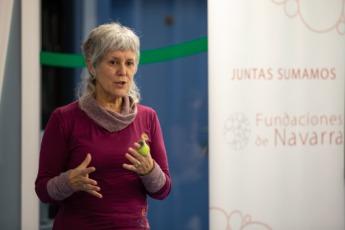 Marisa Aristu, de Proyecto Hombre, explicando su proyecto.