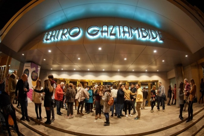 El Teatro Gaztambide acogió el Vinofest.