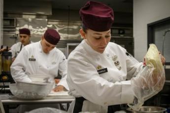La actividad vinculada a la gastronomía en España, representa una cantidad 388.159 millones de euros.