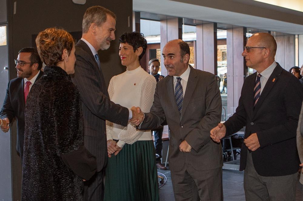 Entrega de la Medalla de Oro de la CEN a Manuel Torres