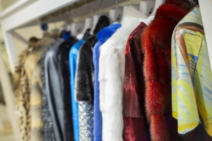 Las colecciones de Lorenzo tienen mucho colorido.