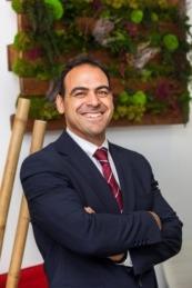 Fue director de RRHH de Azkoyen de 2012 a 2018 y Senior Manager HR Europa en AGP EGLASS.