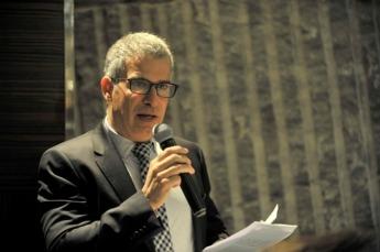 Raúl Palacios reclama medidas para retirar los vehículos más antiguos.