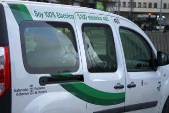 Las administraciones públicas incorporan vehículos eléctricos en sus flotas.