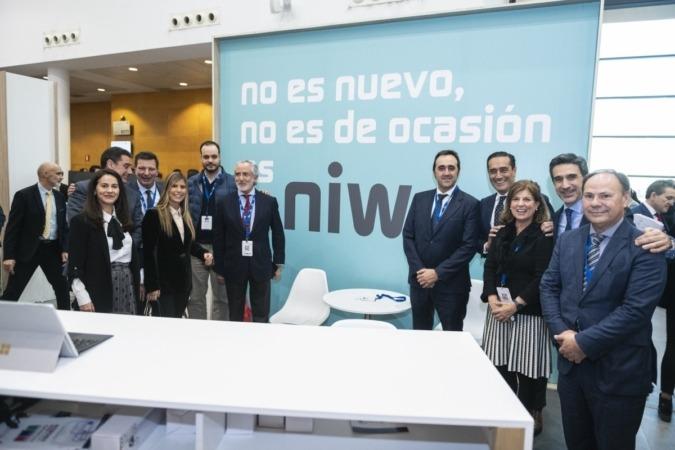Responsables de Faconauto, BBVA y Mutua Madrileña, durante la presentación de NIW.es (Fotos: cedidas).