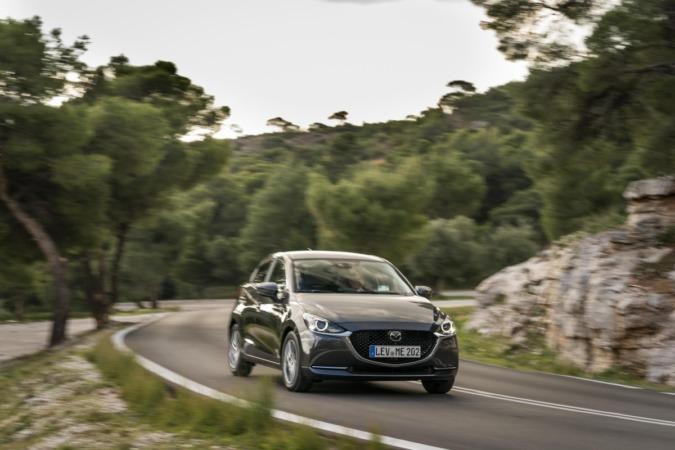 El nuevo Mazda2 presenta una línea más dinámica y simplificada. (Fotos: cedidas).