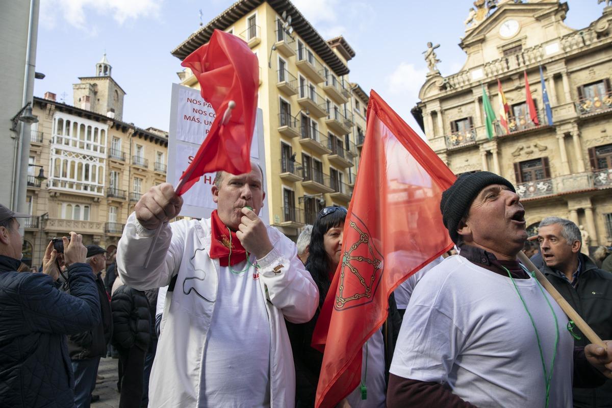 En principio, los sindicatos prevén seguir con las protestas hasta que haya un cambio normativo.