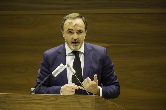 Javier Esparza, durante su intervención.