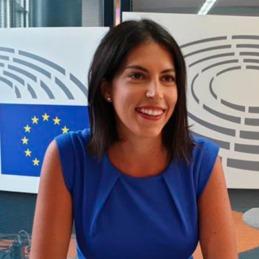 Adriana Maldonado.