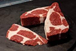 Chuletón impreso en 3D a partir de células de carne.