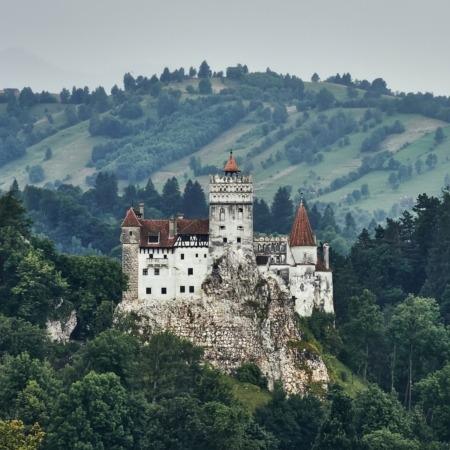 El Castillo de Bran en Rumanía es conocido como el de Drácula.