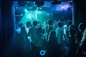 Ozone marca desde hace años el ritmo de la noche universitaria en Pamplona.