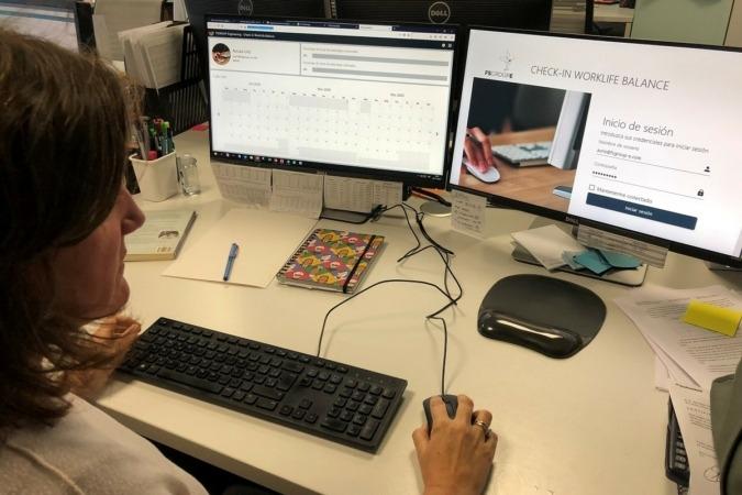 CheckWorkBalance es una 'app' sencilla para que empresa y trabajador concilien el teletrabajo.
