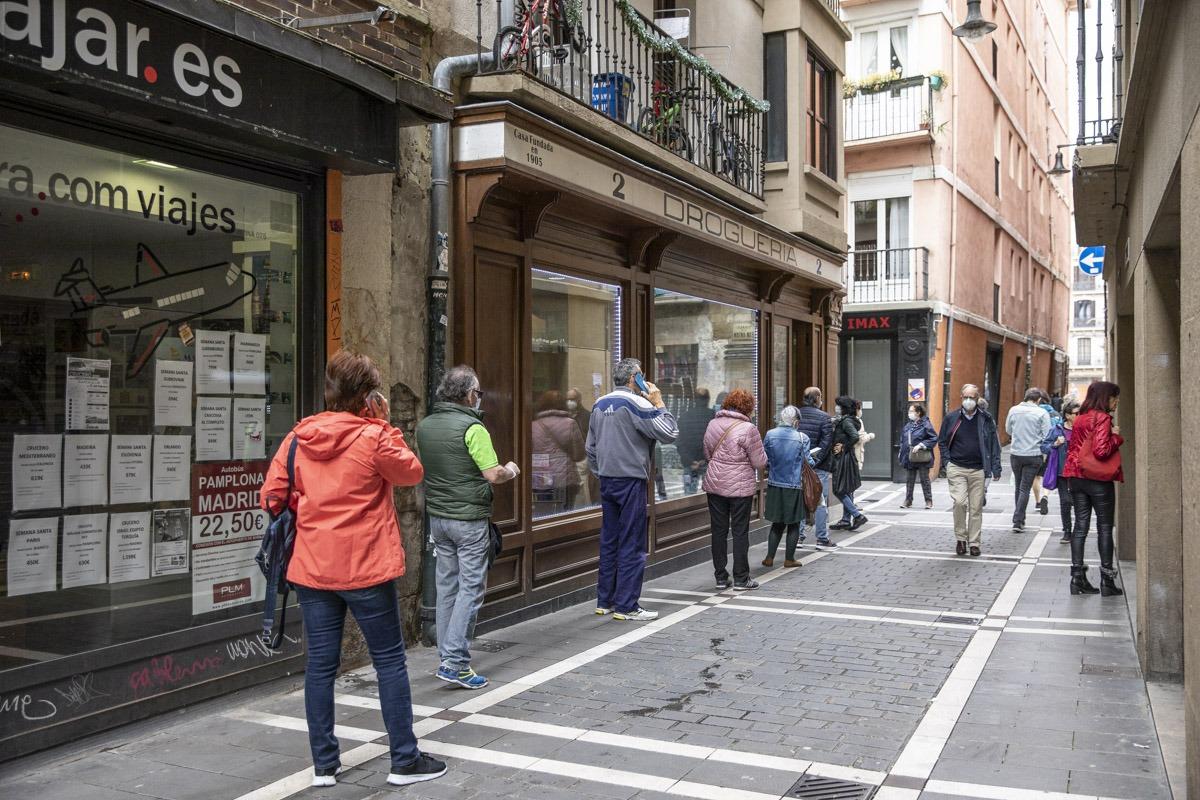 La actividad en las droguerías fue mayor que en otros comercios de Pamplona.